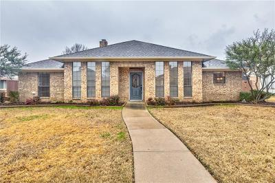Single Family Home For Sale: 1634 Parkside Trail