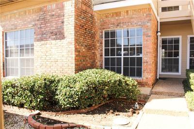 Carrollton Condo For Sale: 3550 Country Square Drive #109