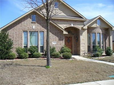 Midlothian Single Family Home For Sale: 734 Mill Pond Drive
