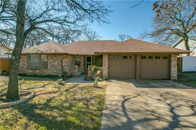 Azle Single Family Home For Sale: 1116 Wood Ridge Drive