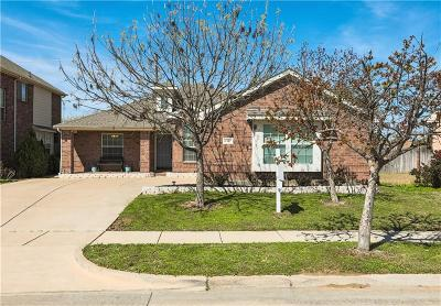 North Richland Hills Single Family Home For Sale: 6917 Dream Dust Drive