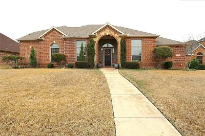 Desoto Single Family Home For Sale: 1525 Rusticwood Drive