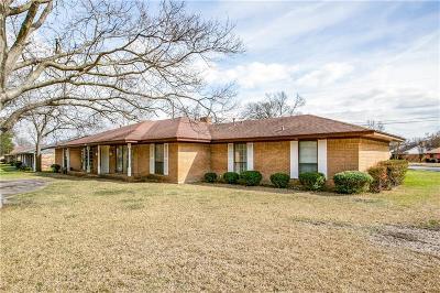 Dallas Single Family Home For Sale: 1736 Reynoldston Lane