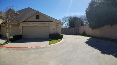 Euless Townhouse Active Option Contract: 500 Jamboree Way