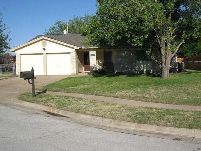 Watauga Single Family Home Active Option Contract: 7404 Barbara Court