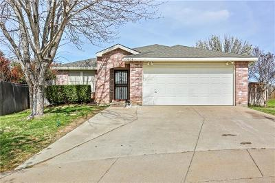 Fort Worth Single Family Home For Sale: 3854 Steeplechase Drive