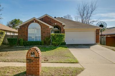 Lewisville Single Family Home Active Option Contract: 930 Silverstone Drive