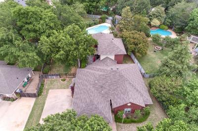 Azle Single Family Home For Sale: 512 Inland Circle