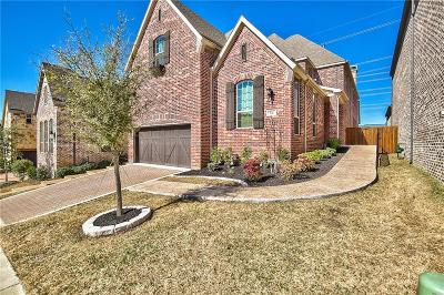 Lewisville Single Family Home For Sale: 930 The Lakes Boulevard