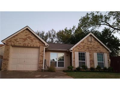 Allen Single Family Home For Sale: 3 W Crockett Court