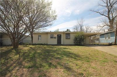 Haltom City Single Family Home For Sale: 4520 Walthall Street