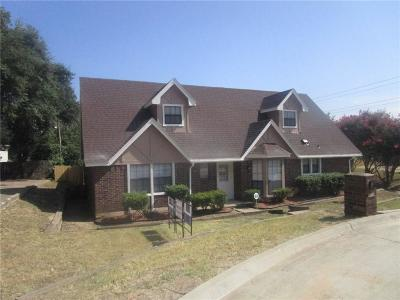 Grand Prairie Single Family Home Active Option Contract: 2106 Greenbriar Court