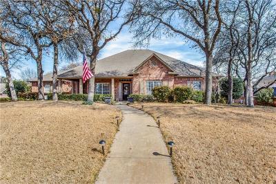 Burleson Single Family Home For Sale: 103 Hillside Drive E