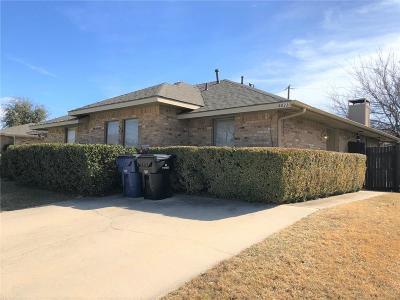 Half Duplex For Sale: 8833 Camfield Way