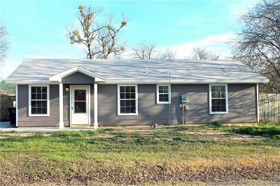 Cleburne Single Family Home For Sale: 406 Crane Avenue