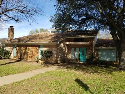 Arlington Single Family Home For Sale: 2225 Southcrest Drive