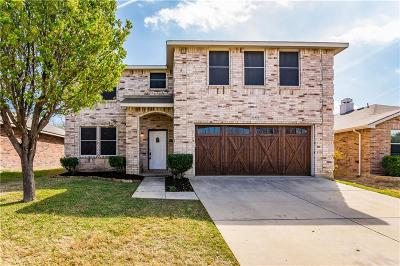 Fort Worth Single Family Home For Sale: 16408 Red River Lane