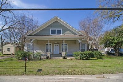 Cleburne Single Family Home For Sale: 1307 Granbury Street