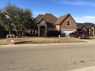 Stephenville Single Family Home For Sale: 1011 Elk Ridge Drive