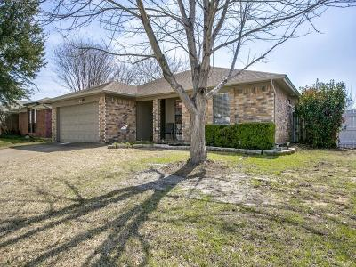 Watauga Single Family Home For Sale: 6333 Hunters Glen Drive