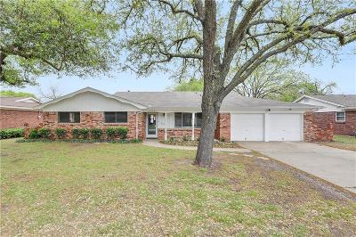 North Richland Hills Single Family Home For Sale: 4909 Caton Drive