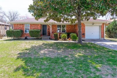 Richardson Single Family Home For Sale: 435 Rustic Circle