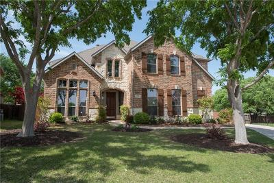 Keller Single Family Home For Sale: 700 Crown Court