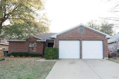 Euless Single Family Home Active Option Contract: 1103 Trenton Lane