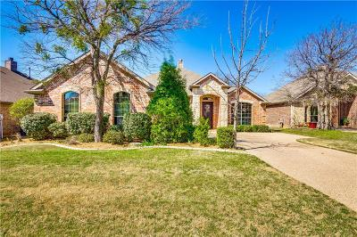 Fort Worth TX Single Family Home For Sale: $331,000