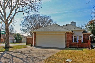 Fort Worth Single Family Home For Sale: 10601 Tall Oak Drive