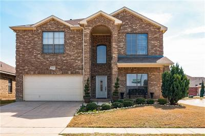 Fort Worth Single Family Home For Sale: 4845 Elkhart Drive