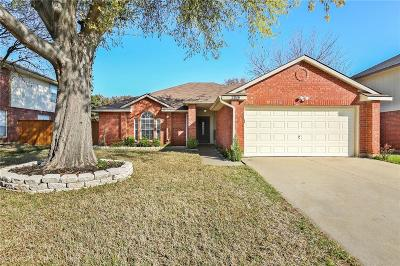 Grand Prairie Single Family Home For Sale: 2816 Timber Court
