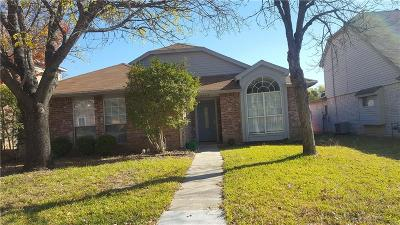 Grand Prairie Single Family Home For Sale: 4342 Walsh Lane