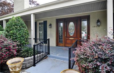 Single Family Home For Sale: 10316 Boedeker Street