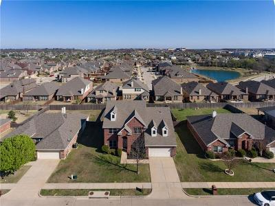 Denton County Single Family Home For Sale: 2713 Clubhouse Drive