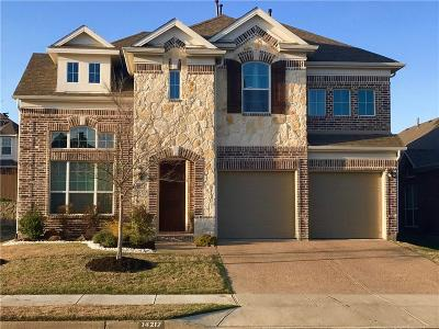 Single Family Home Active Contingent: 14217 Blueberry Hill Drive