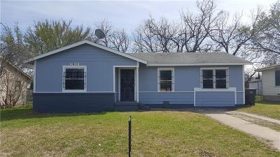 Fort Worth Single Family Home For Sale: 3912 Killian Street