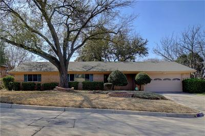 Fort Worth Single Family Home For Sale: 8329 Doreen Avenue