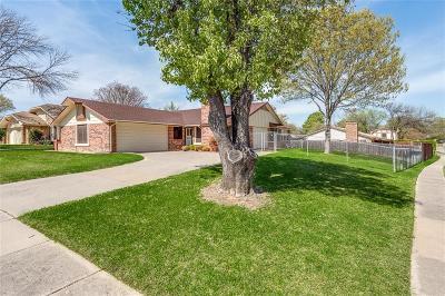 Bedford, Euless, Hurst Single Family Home For Sale: 2317 Sequoia Lane