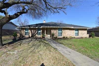 Waxahachie Single Family Home For Sale: 209 Hacienda Drive