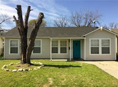 Fort Worth Single Family Home For Sale: 2624 Frazier Avenue