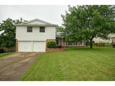 Farmers Branch Single Family Home Active Option Contract: 2889 Valwood Circle