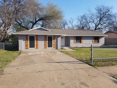 Dallas TX Single Family Home For Sale: $153,900