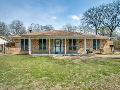 Arlington Single Family Home For Sale: 1501 N Fielder Road