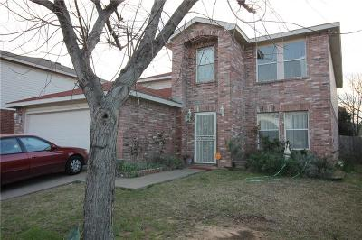 Fort Worth Single Family Home For Sale: 8764 Stonebriar Lane