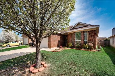 Fort Worth Single Family Home For Sale: 2705 Wakecrest Drive