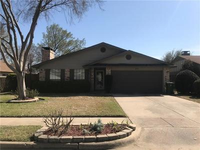 Bedford Single Family Home Active Option Contract: 2308 Hollybush Lane