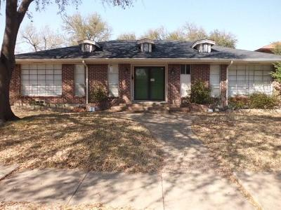 Garland Single Family Home For Sale: 1705 Charleston Drive