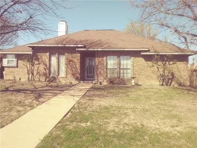 Frisco Single Family Home For Sale: 8200 Bobwhite Boulevard