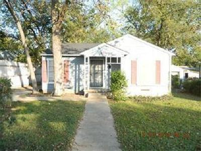 Dallas TX Single Family Home For Sale: $49,500